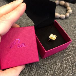 Gold plated ring NWOT